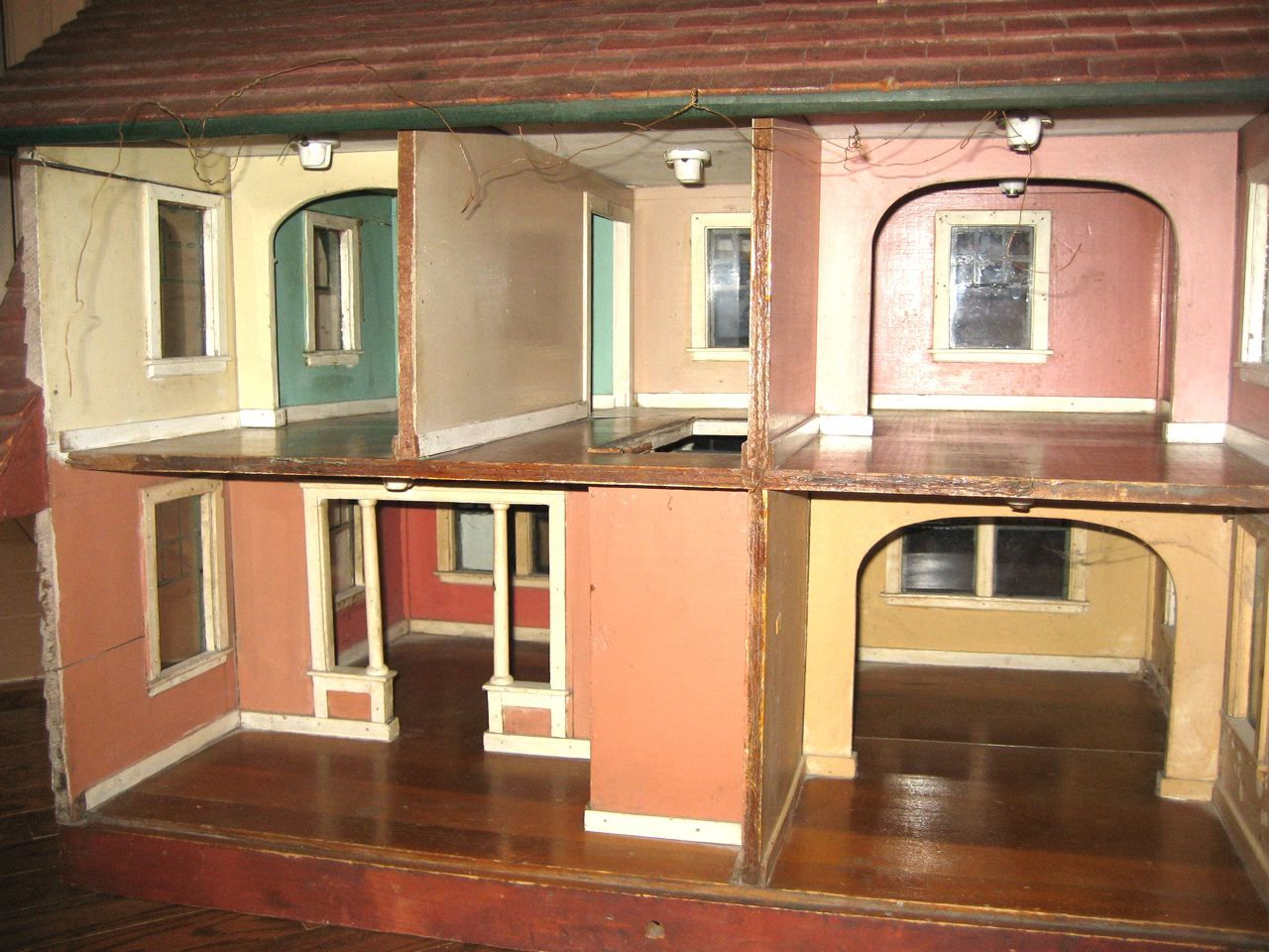 Susan's Mini Homes: Antique Dollhouse - Susan's Mini Homes: Antique Dollhouse Dollhouse Designs For The