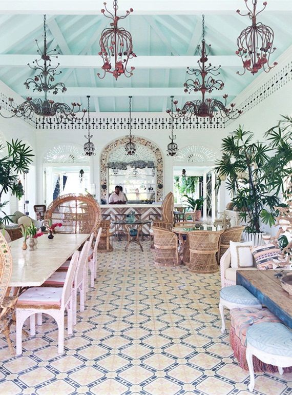 Restaurants Met Een Tropisch Interieur