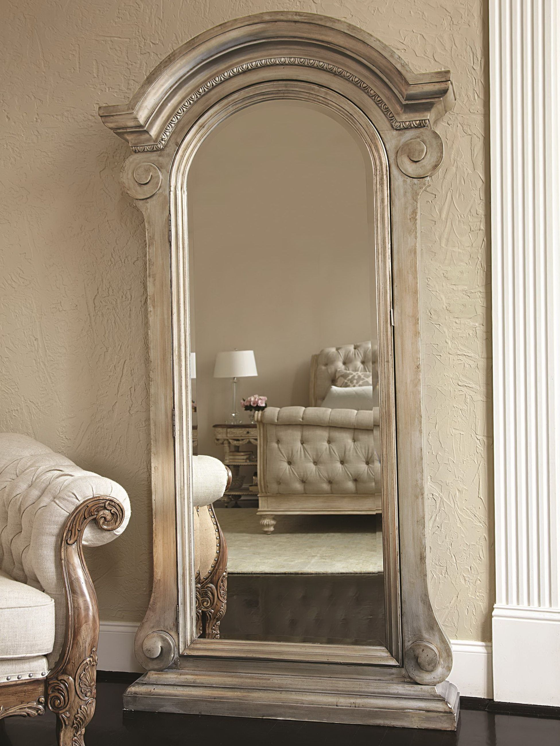 Awesome Mirror Stand and Jewellery Cabinet