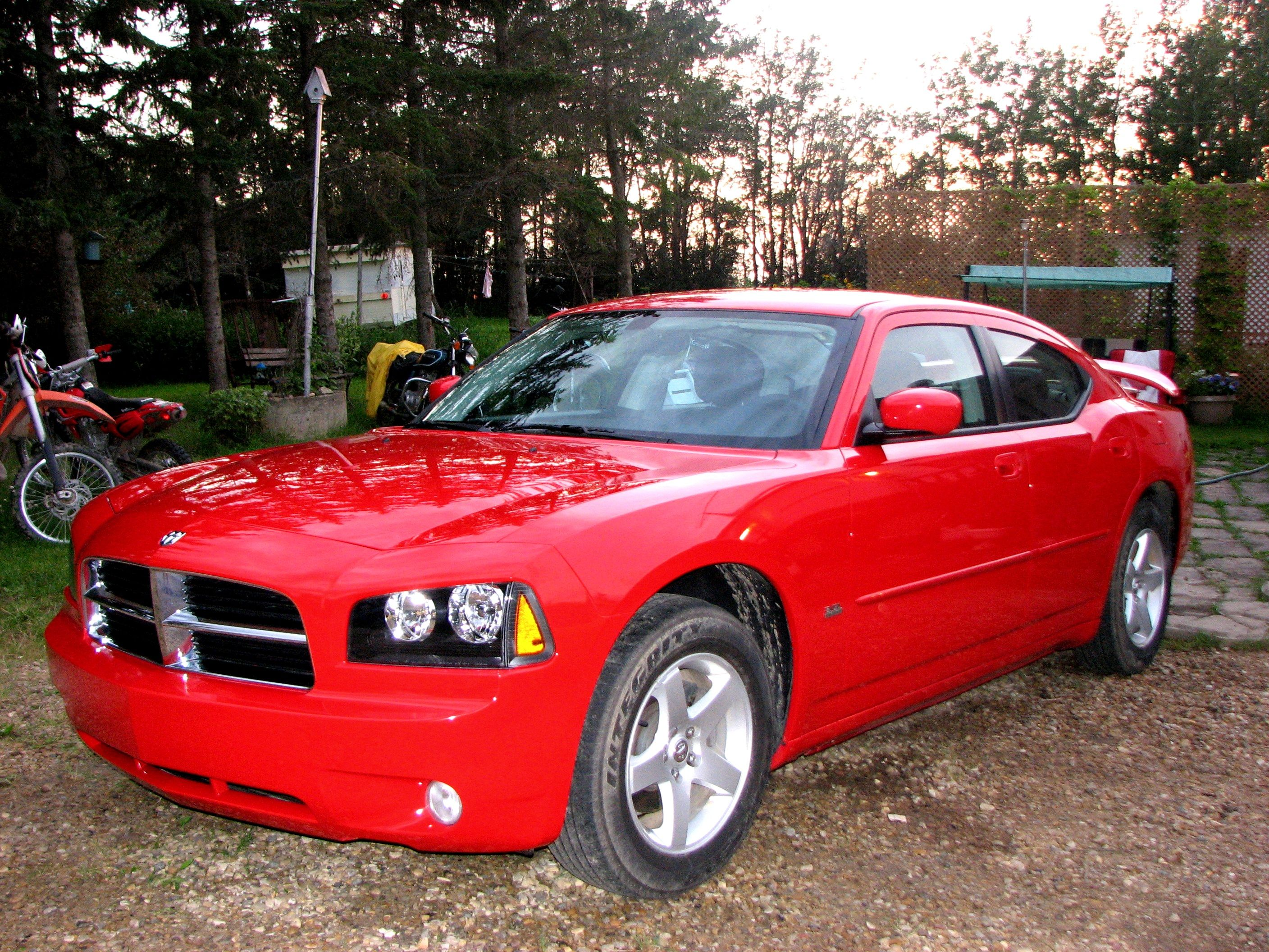 2010 dodge charger sxt in torred is is a really sharp car
