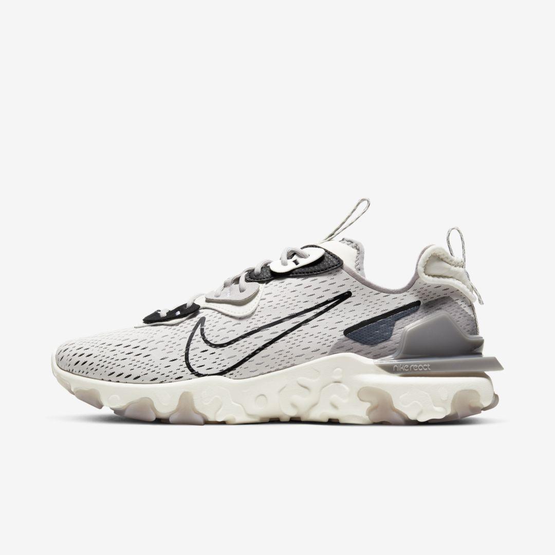 Nike React Vision Men's Shoe. Nike.com in 2021 | Nike react vision ...
