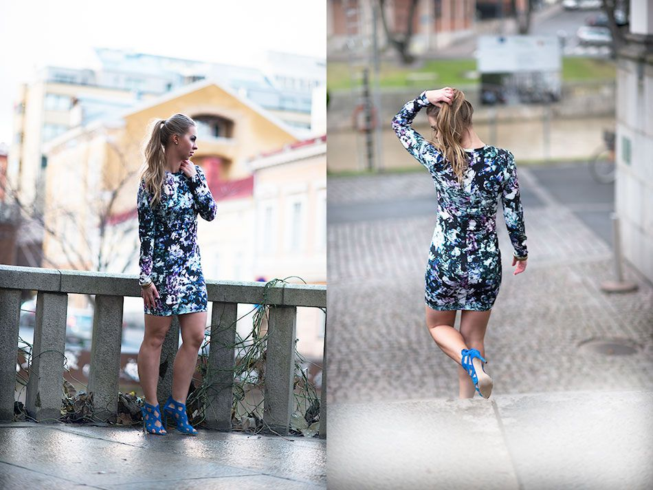 http://monasdailystyle.fitfashion.fi/2015/11/26/4-floral-dress/