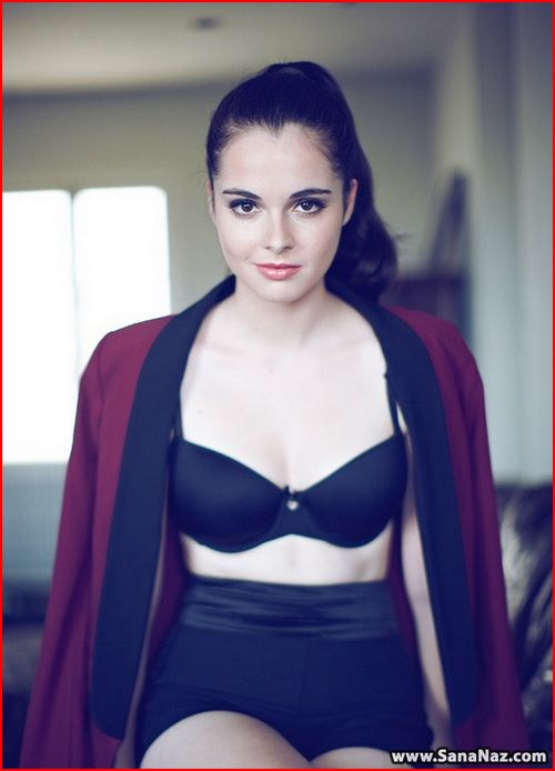 vanessa nicole marano born october 31 1992 is an american actress