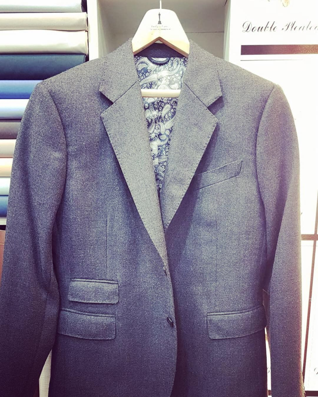 e25c9edd1c Business Casual with a Touch of Style and Sophistication . Merino Tweed  Jacket. Fancy lining