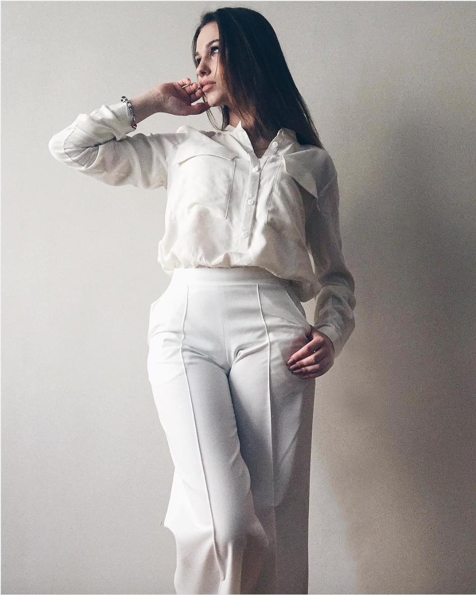 Valeria Filatova wearing Sl-ira