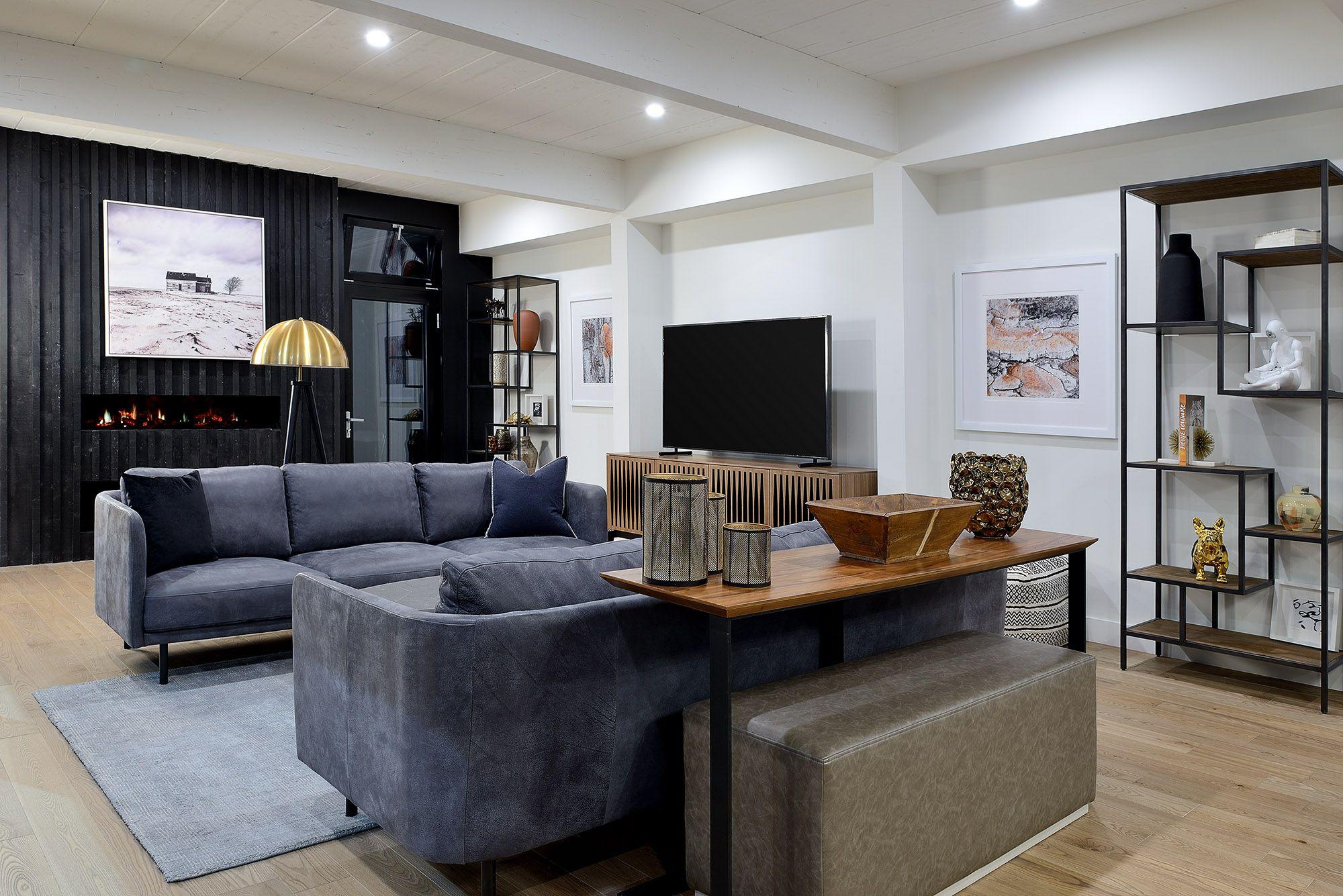 Home Staging By Bedford Brooks For The 2019 Toronto Home Show En 2020 Maison Usinee Maison Bonneville Maison