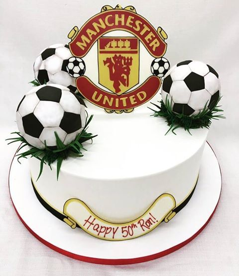 Astonishing For The Biggest Manchester United Fan Wooo Desserts Cakes Birthday Cards Printable Nowaargucafe Filternl