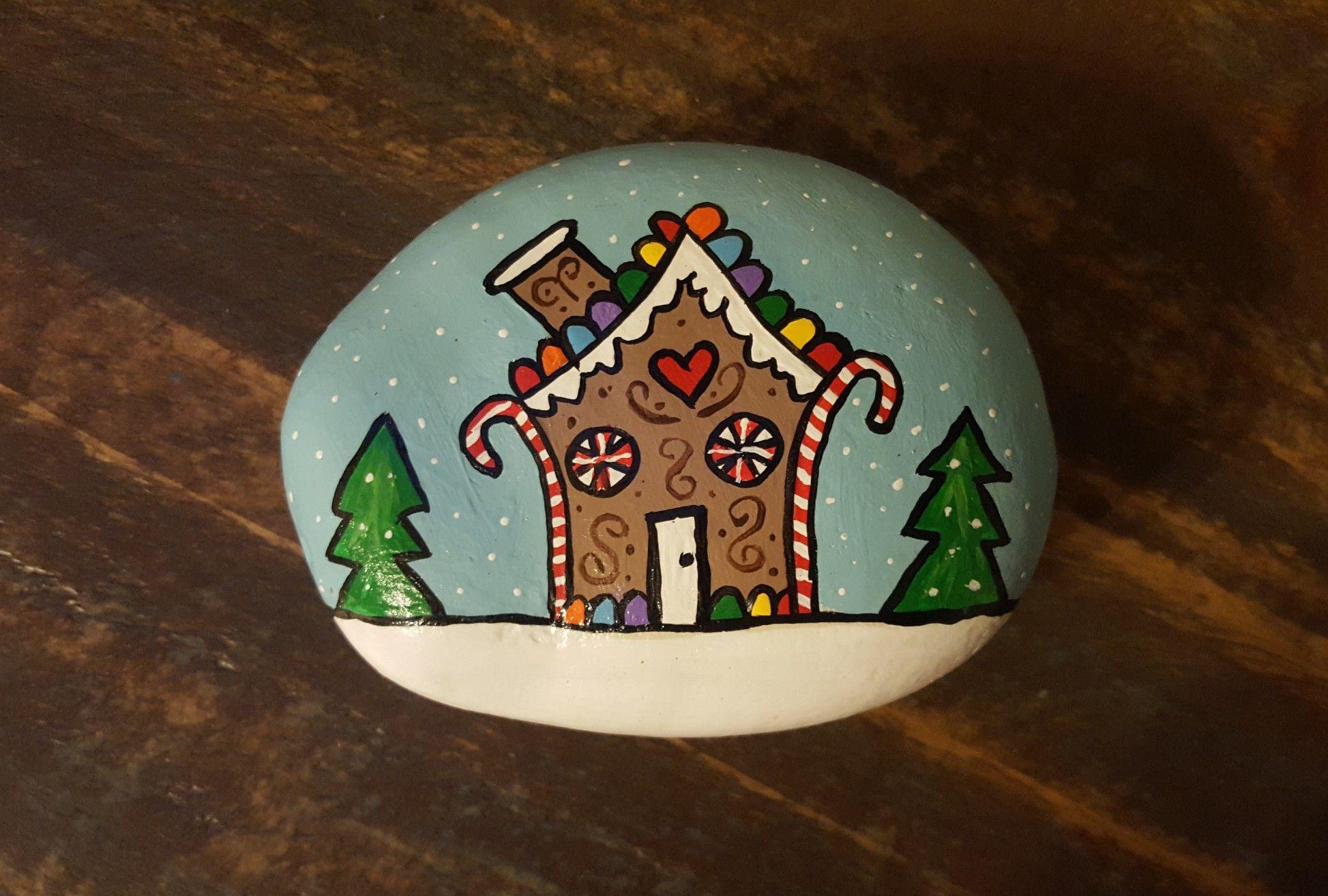 Christmas rock Painted Rocks & Ornaments Pinterest