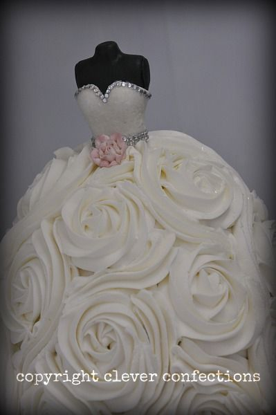 Another wedding gown cake, buttercream with fondant bodice ...