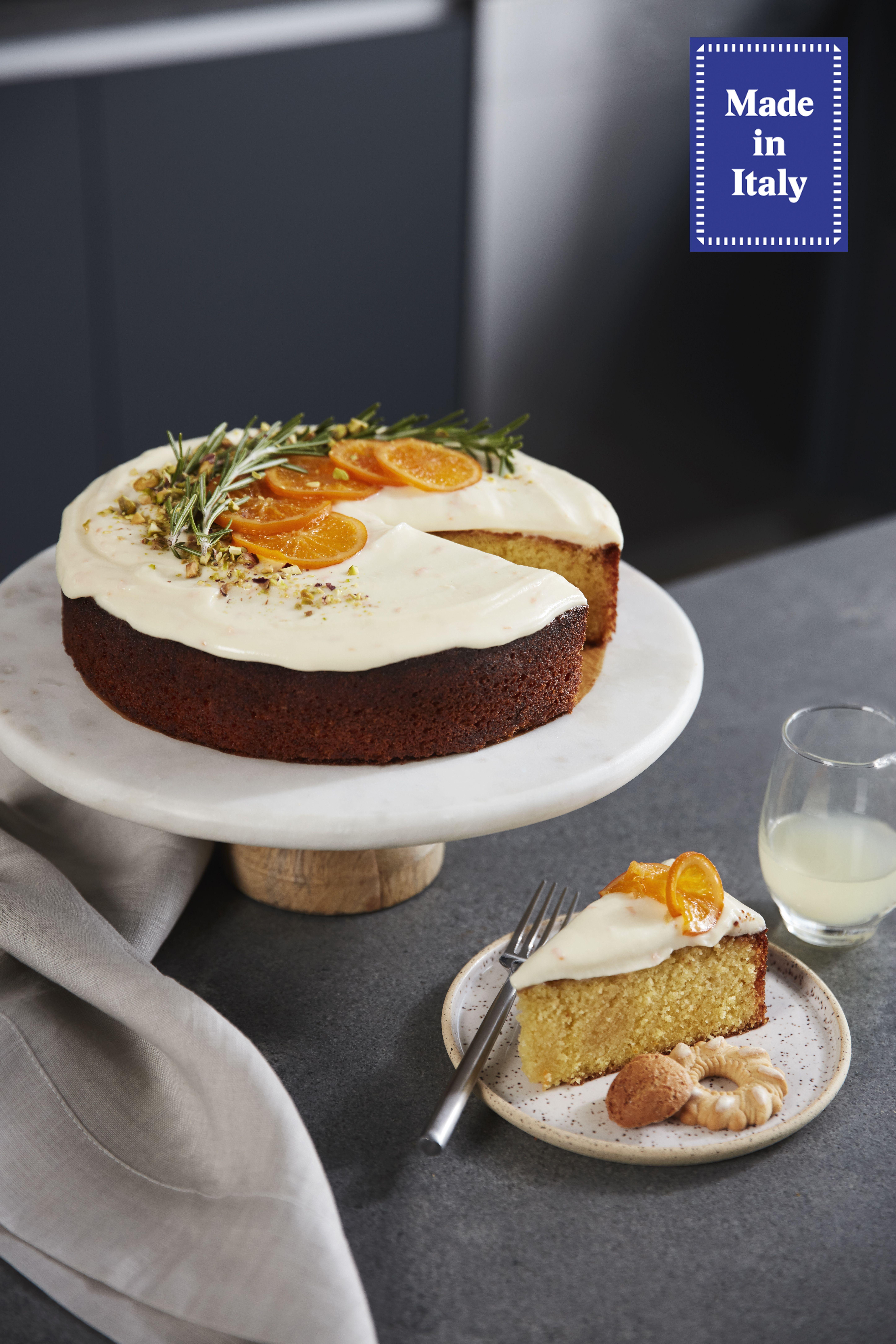Olive oil cake with mascarpone frosting #oliveoils