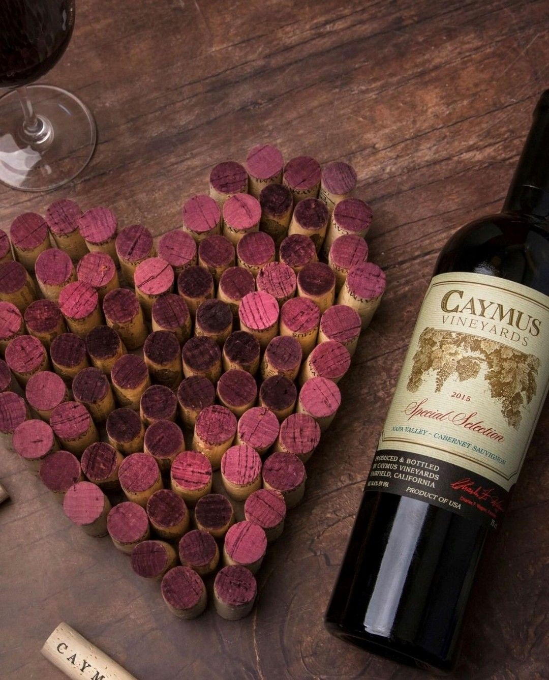 Fill In The Blank Valentine S Day Is Best Paired With Repost Caymuscab Valentinesday2020 Winelov In 2020 Caymus Wine Wine Lovers Wine Pairing