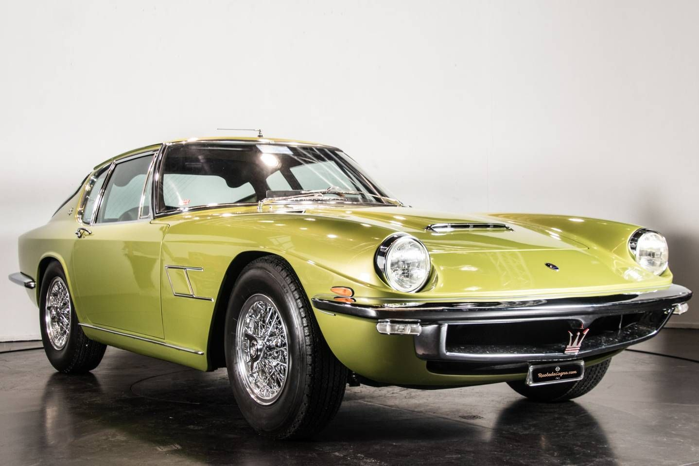 You instantly fell in love with this Maserati Mistral 3700 from 1967?! That's okay, it happened ...