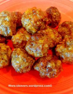 Low Carb Sausage, Beef, & Cheese Snackers www.twosleevers.com  Note: 4 meatballs equals one serving