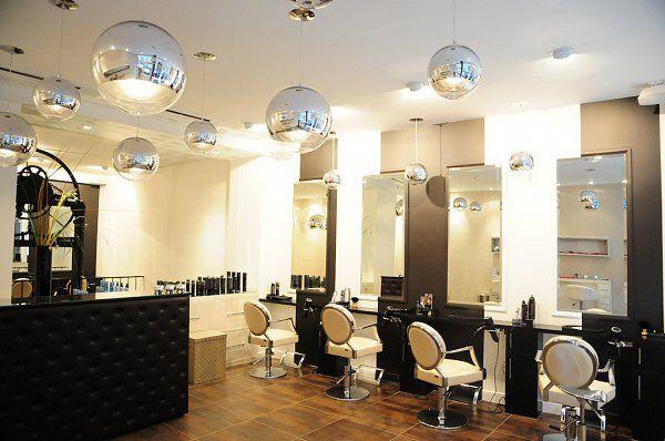 Salon de coiffure au design industriel — Tony Lemâle Intérieurs ...