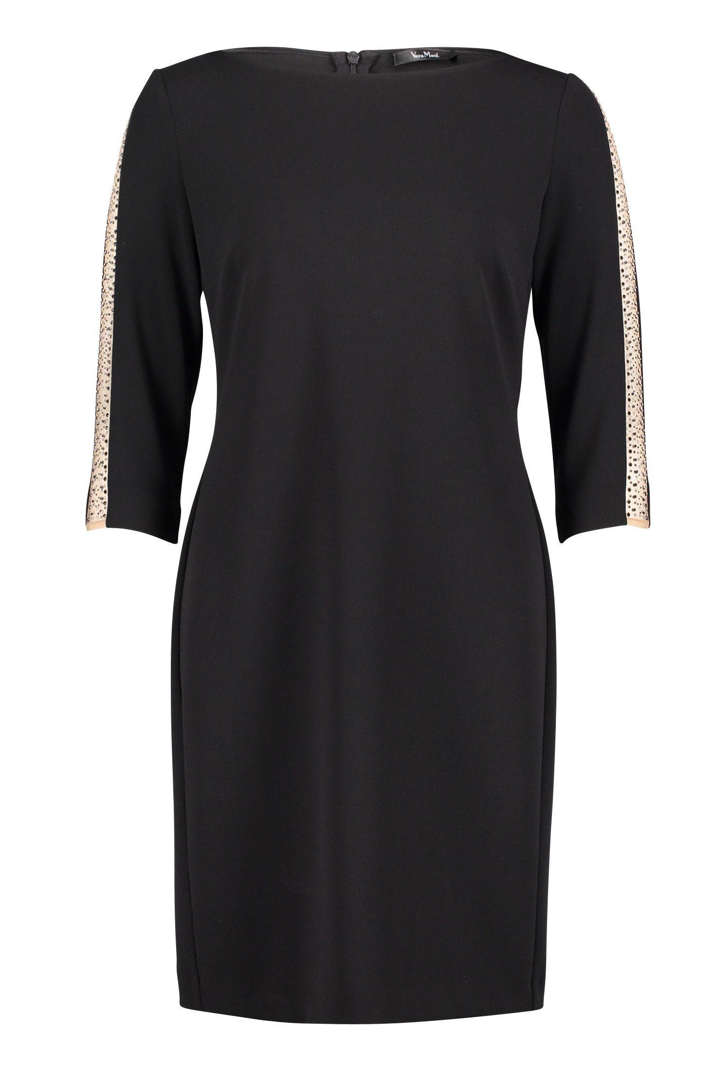 knieumspielendes schwarzes kleid. #abendkleid #abendkleider