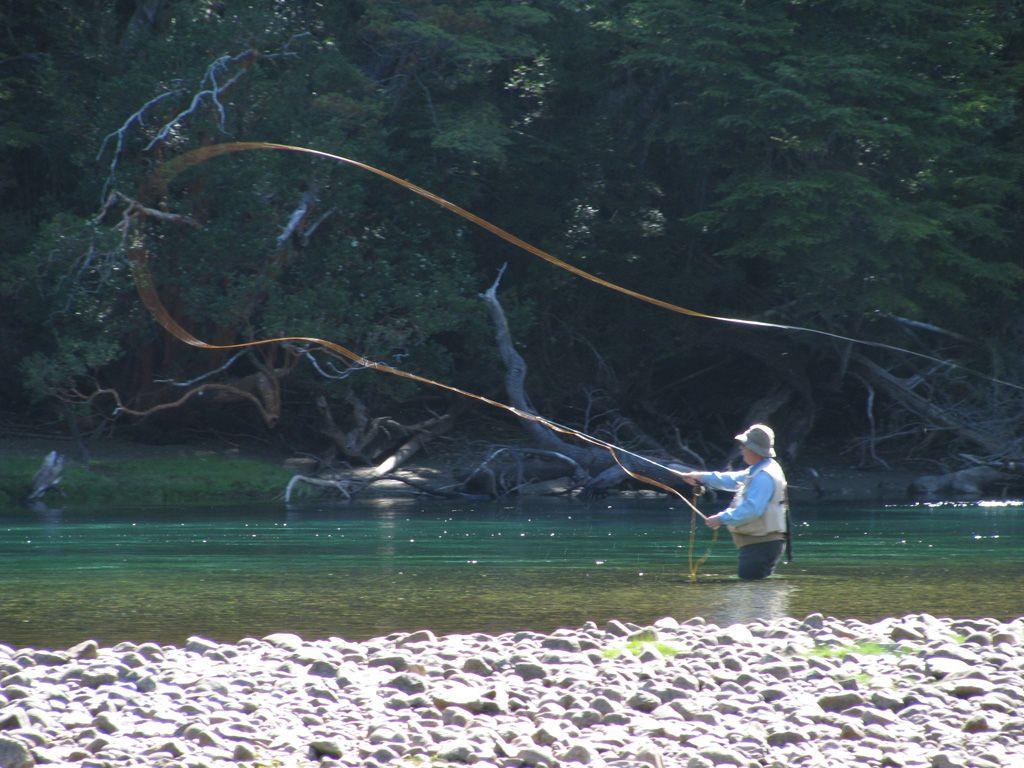 Pesca Con Mosca Patagonia Buscar Con Google Pesca Pesca Con Mosca Patagonia