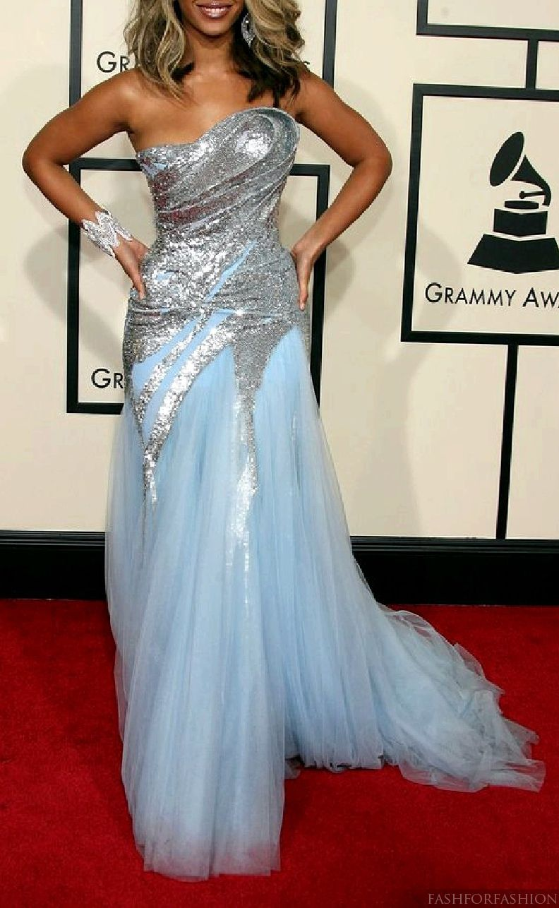Beyonce (in Elie Saab dress) | The Essence & Femininity of Me ...