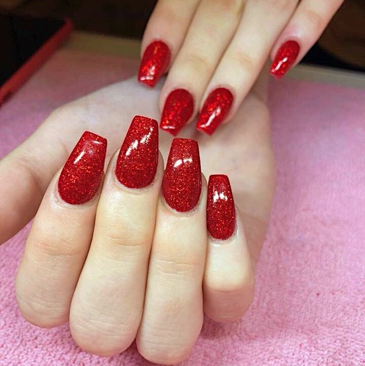 Christmas Nails Shellac: #californianails #stavanger #norge #norway #red #glitter