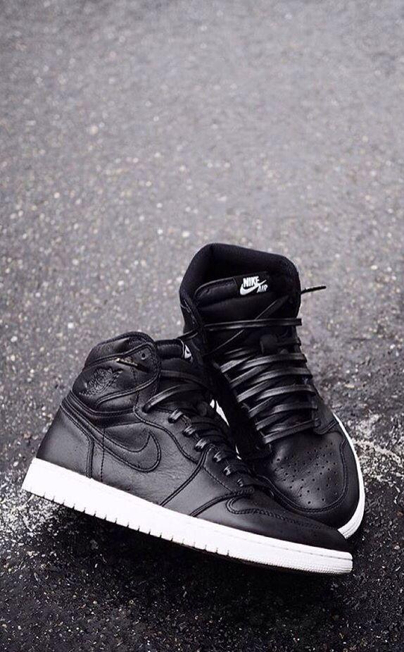 Nike Air Jordan 1 \