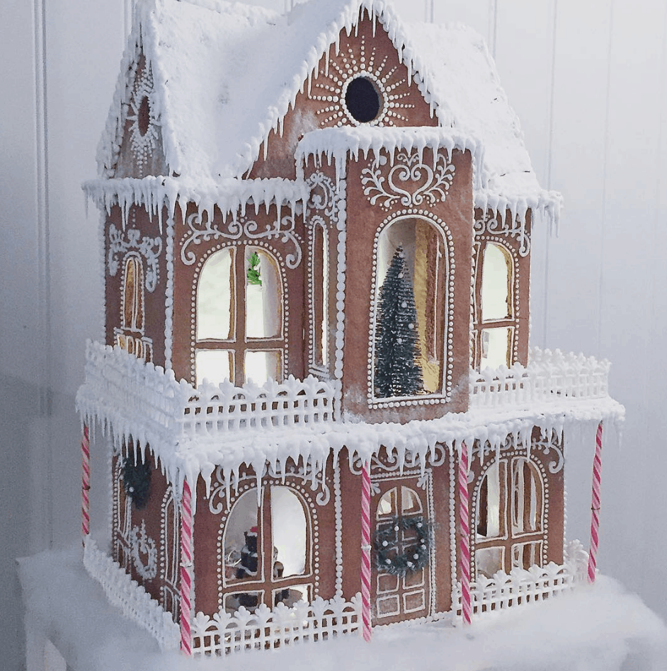 Beautiful Christmas Gingerbread House Ideas #gingerbreadhousetemplate Amazing Christmas gingerbread house ideas. Decorate gingerbread houses for Christmas this year or just look through the pictures to get decorating inspiration. #gingerbread #gingerbreadhouse #christmas #christmasbaking #gingerbreadhousetemplate