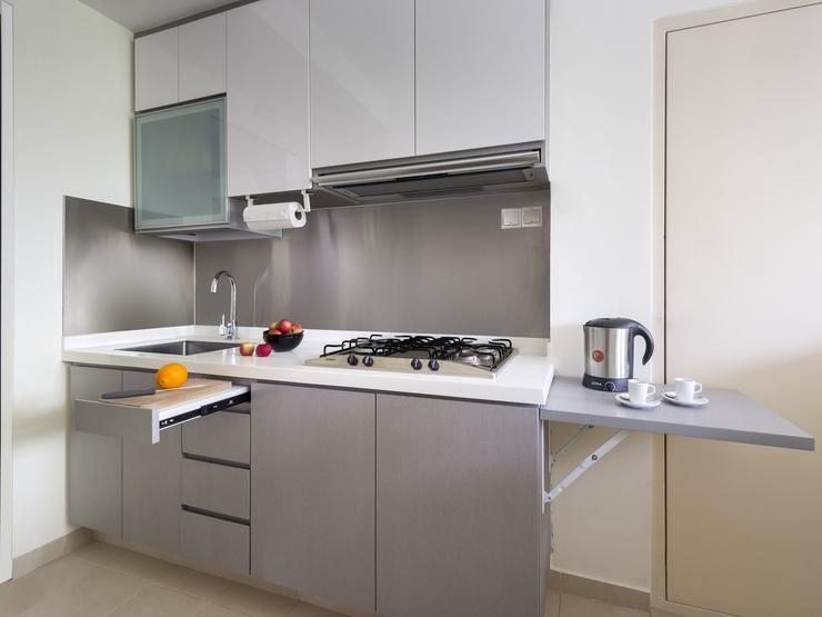 Blog A Small Condo Unit Packed With Space Saving Ideas On Homeanddecor Com Sg Condo Interior Design Kitchen Design Small Small Space Kitchen