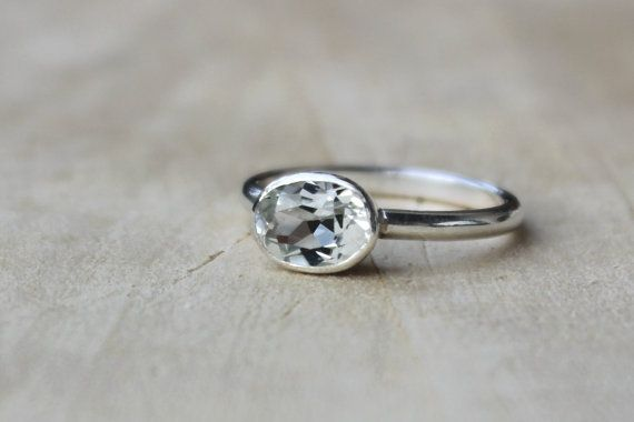 i think this is my next stirling silver ring buy. its so hard to find an oval that way!