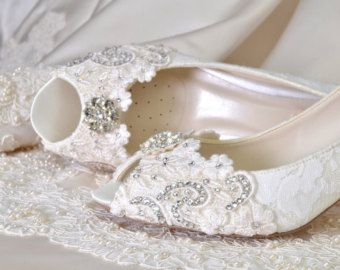 Lace Wedding Shoes Womens Wedding Shoes Bridal Shoes by Pink2Blue 6589b269080b