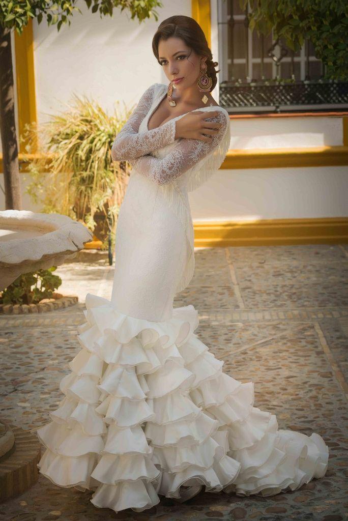 angela campos vestidos de novia | novias flamencas | Pinterest ...