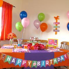 Dora the Explorer birthday party decor Great use of purple and
