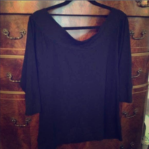 SWEATER TOP SIZE 3X BLACK SWEATER MATERIAL TOP HALF SLEEVE NOT FADED EXCELLENT SHAPE SIZE 3X Tops Blouses