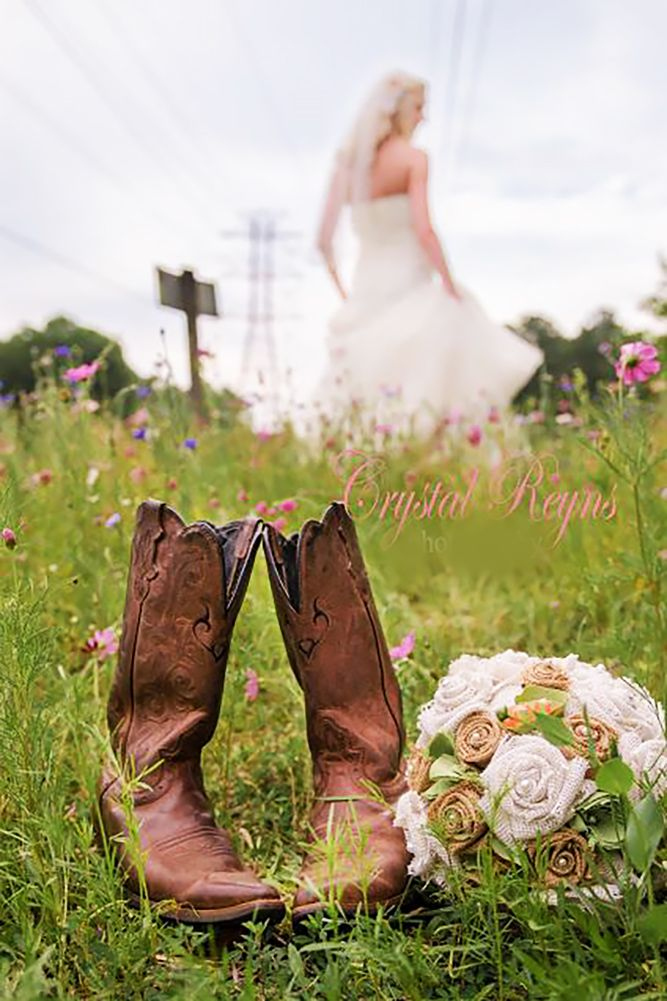 30 Country Wedding Decor Ideas You Will Have To Steal | Romantic ...
