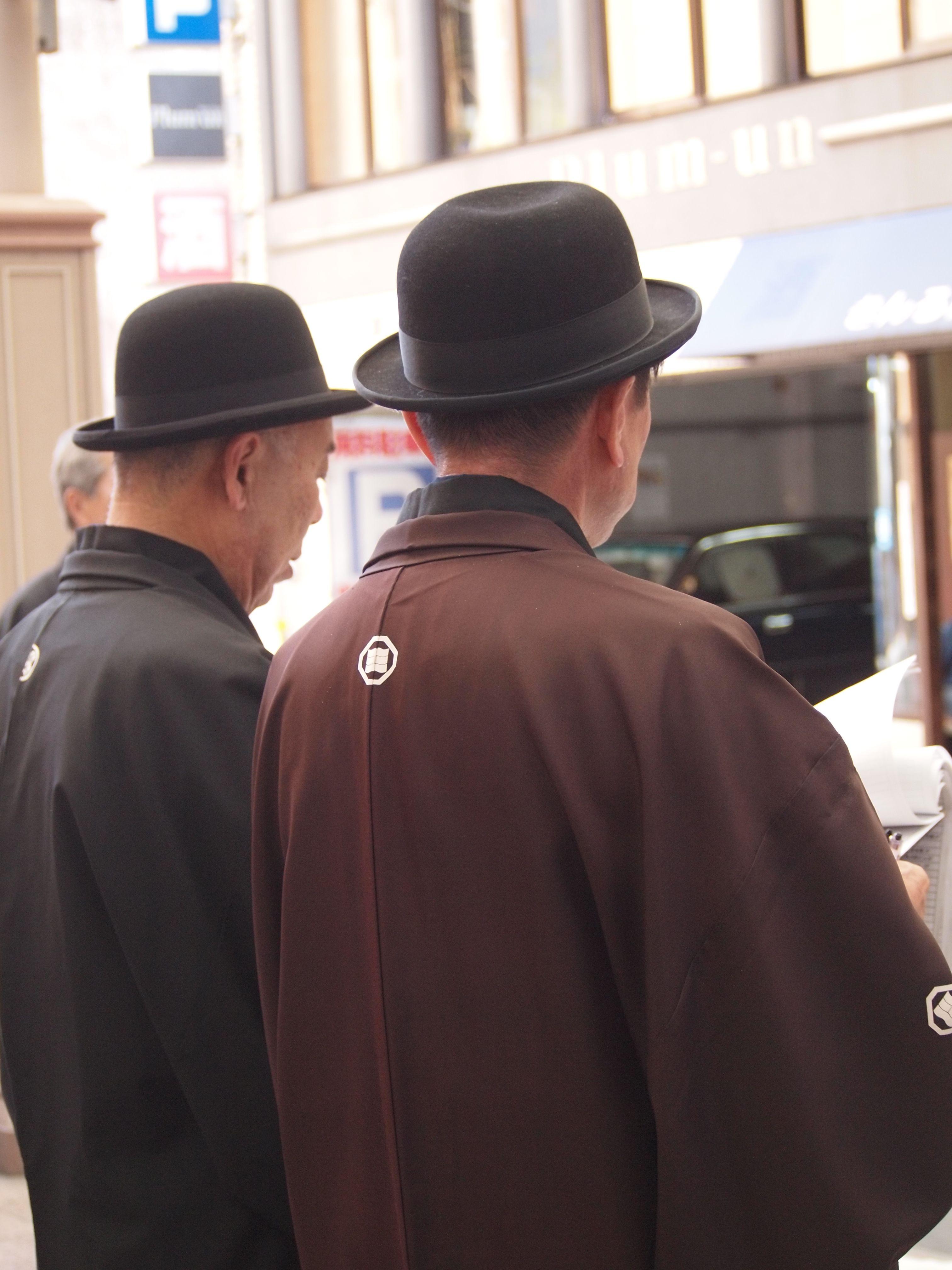 紋付袴に帽子の粋な姿が、長崎くんちらしさを感じさせます。