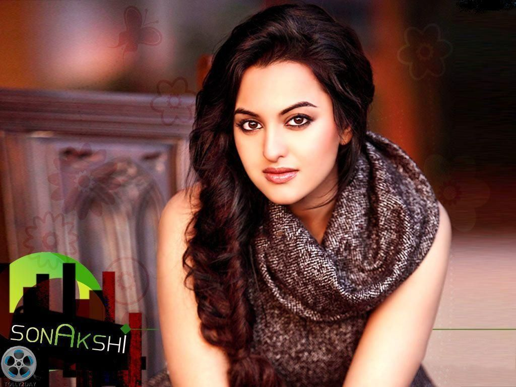 Download Sexy Sonakshi Sinha Hot Hd Photos Gallery Wallpaper Hd Free