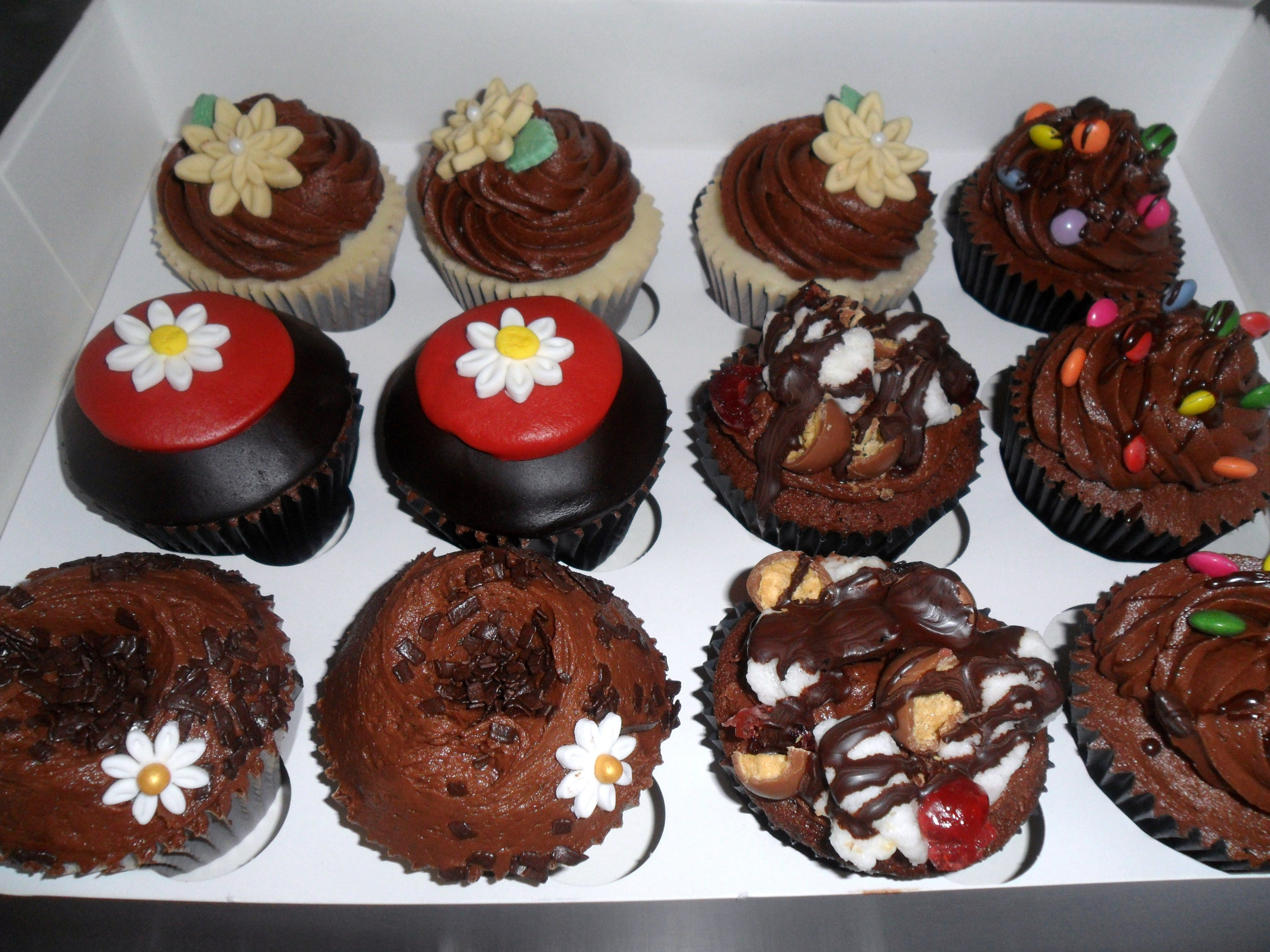 Raffle Prize Idea Dozen Cupcakes From Local Bakery