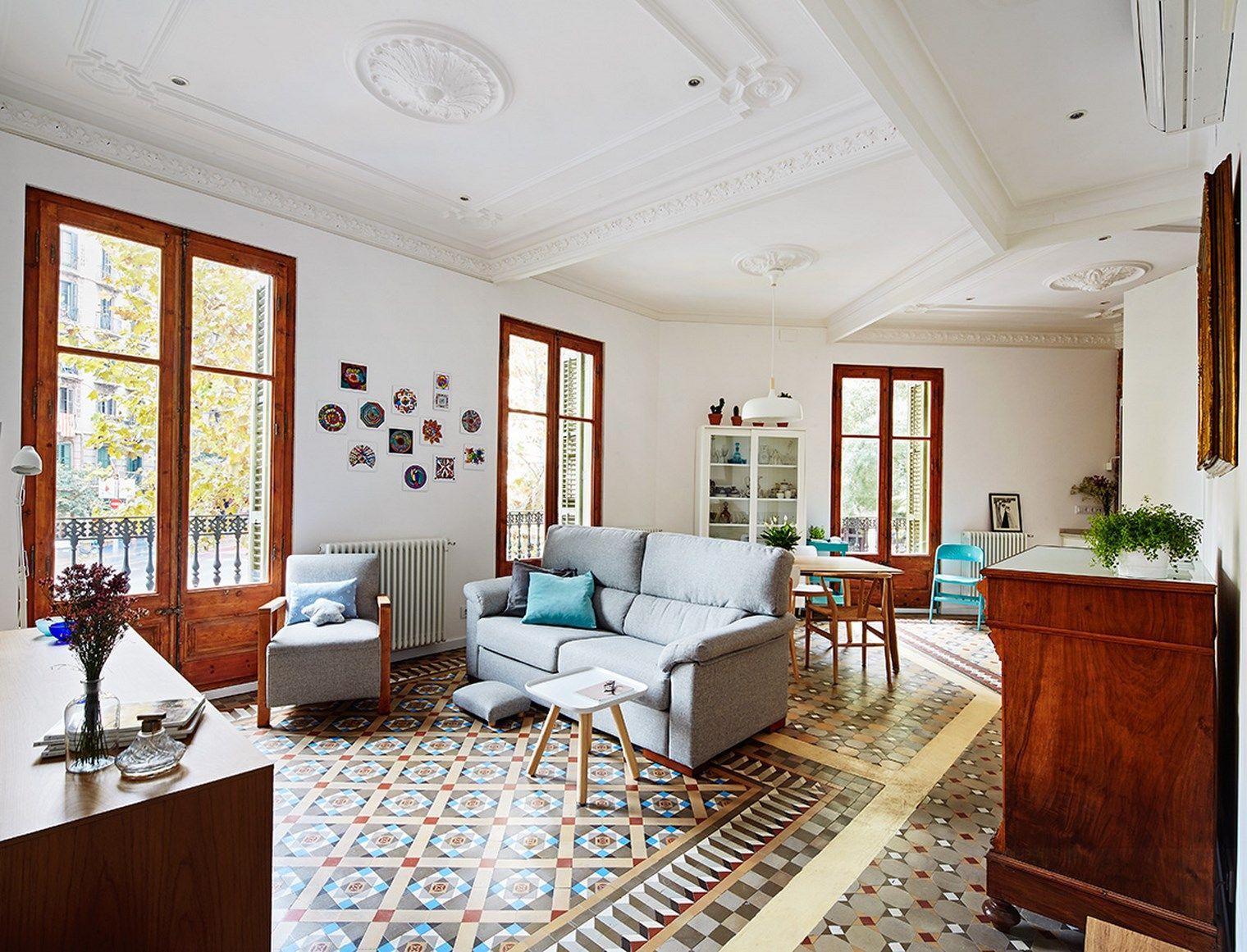 Thehallstudio rehabilita un piso modernista del eixample for Piso estilo nordico