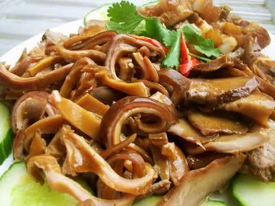 Thực đơn 3 món tuyệt vời cho bữa cơm ngày lạnh - http://congthucmonngon.com/116305/thuc-don-3-mon-tuyet-voi-cho-bua-com-ngay-lanh.html