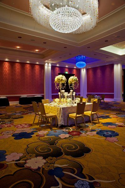 Grand Rapids Bride Table Designed By Modern Day Floral
