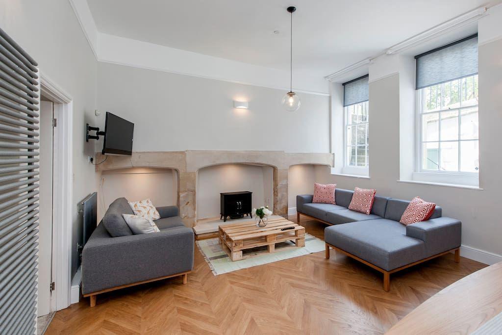 Beautiful Renting Basement Apartment