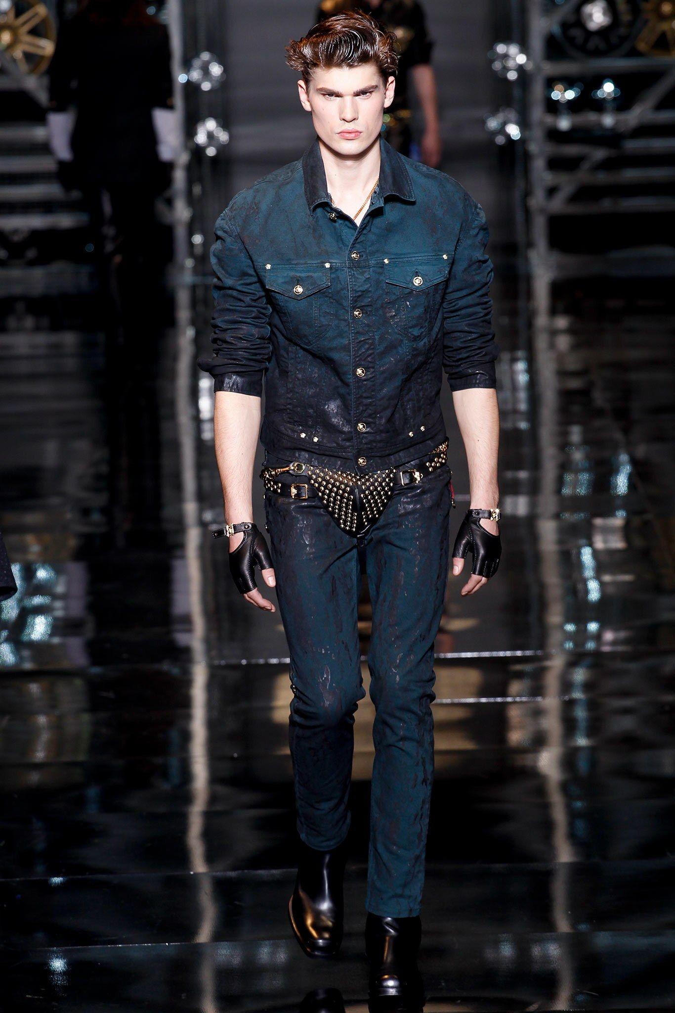 Versace Fall 2014 Menswear Fashion Show Menswear Versace Men Fashion Men 2014