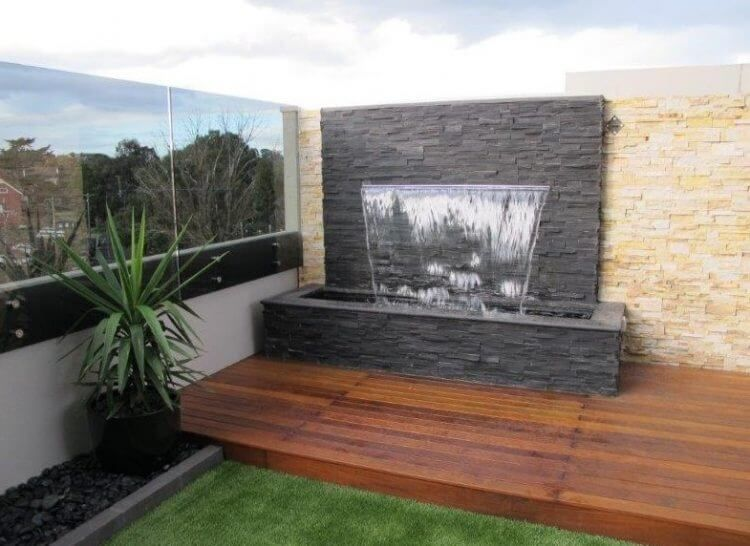 21 Backyard Wall Fountain Ideas To Wow Your Visitors Water Wall