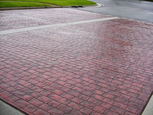Driveway http://www.surfkoat.com/photos.php?albumid=5934322862611538209
