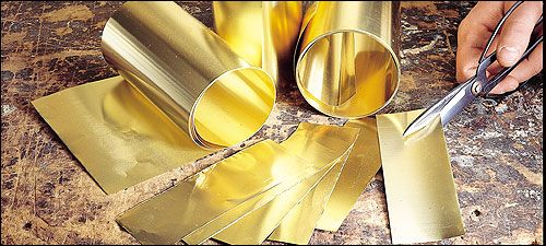 Some Metals Such As Gold Or Brass Are Extremely Malleable Can Be Hammered Into Different Shapes This Is Useful For Decoratio Woodworking Brass Metal Working