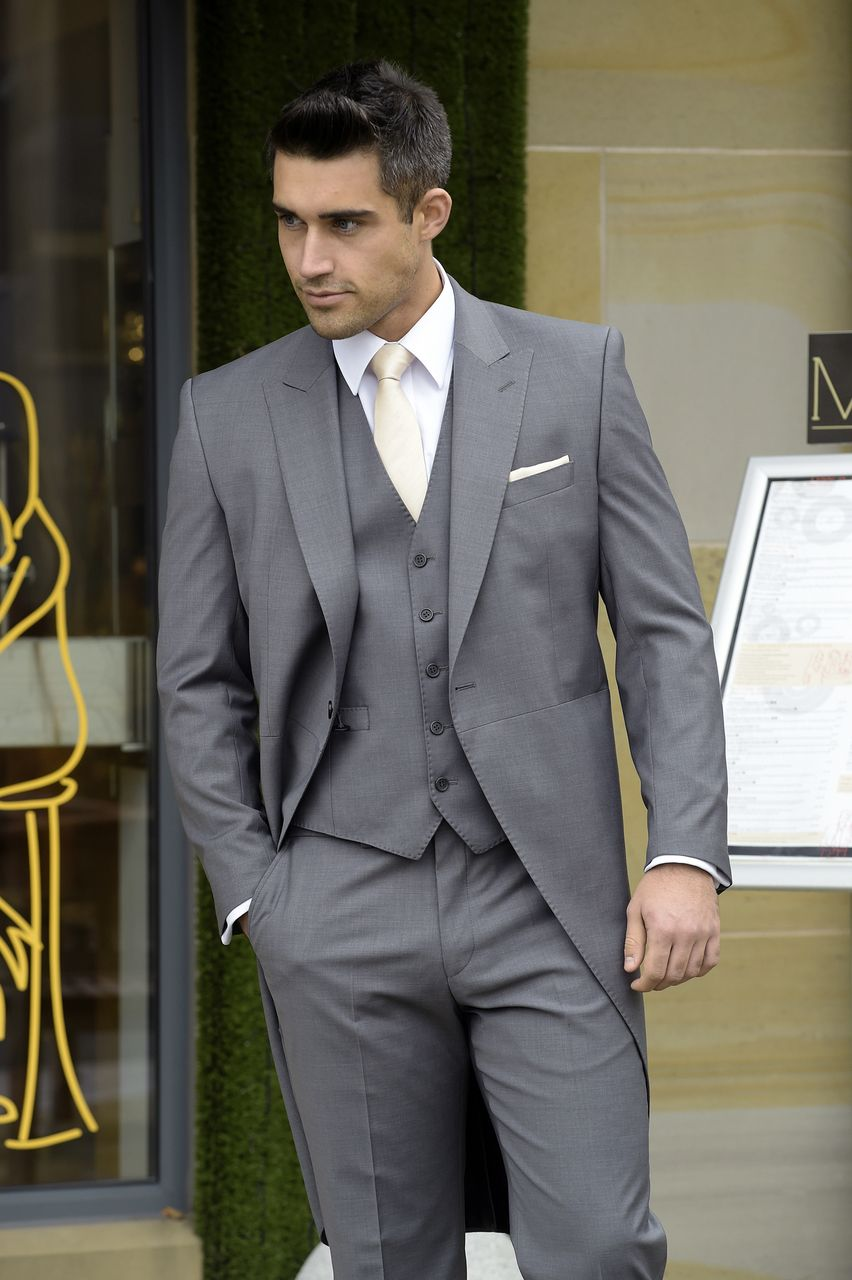 Slim fit grey tailcoat with matching waistcoat Best