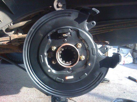 Rear Zj Disc Brakes To Cherokee Xj Chrysler 8 25 Jeep Cherokee