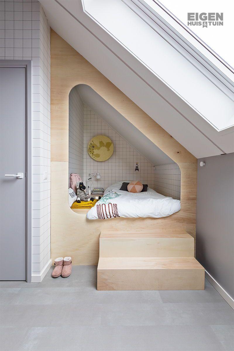 Van ongebruikte zolder naar knusse, speelse kinderkamer – Eigen Huis en Tuin #co…