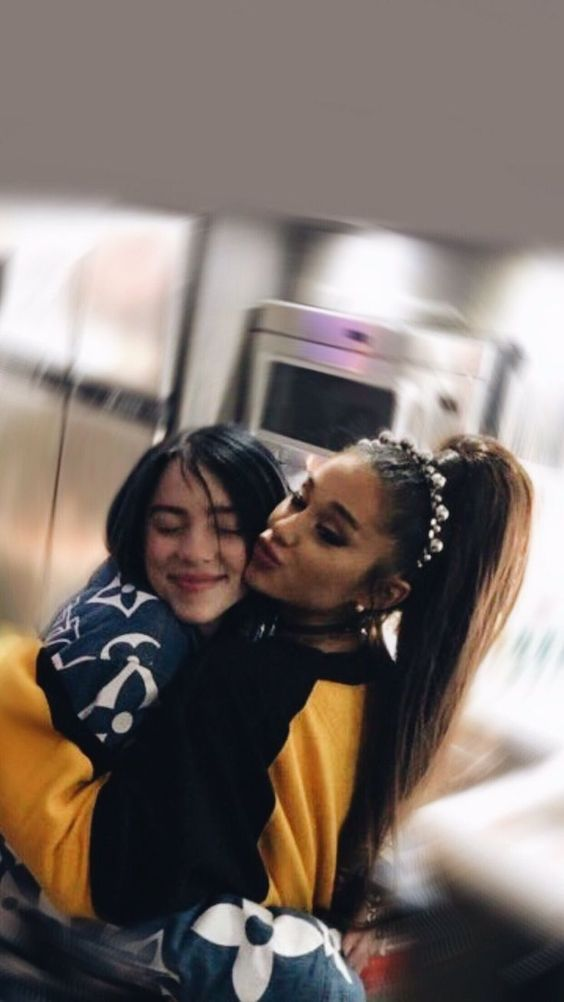 Bei Ariana Grande dreht sich alles um Frauen, die Frauen unterstützen