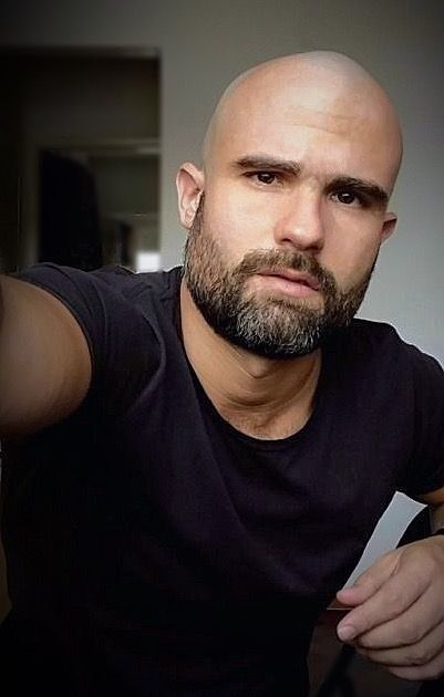 Pin By Joaquin Arias On Cream In My Coffee Bald Men Style Bald Men Bald Men With Beards