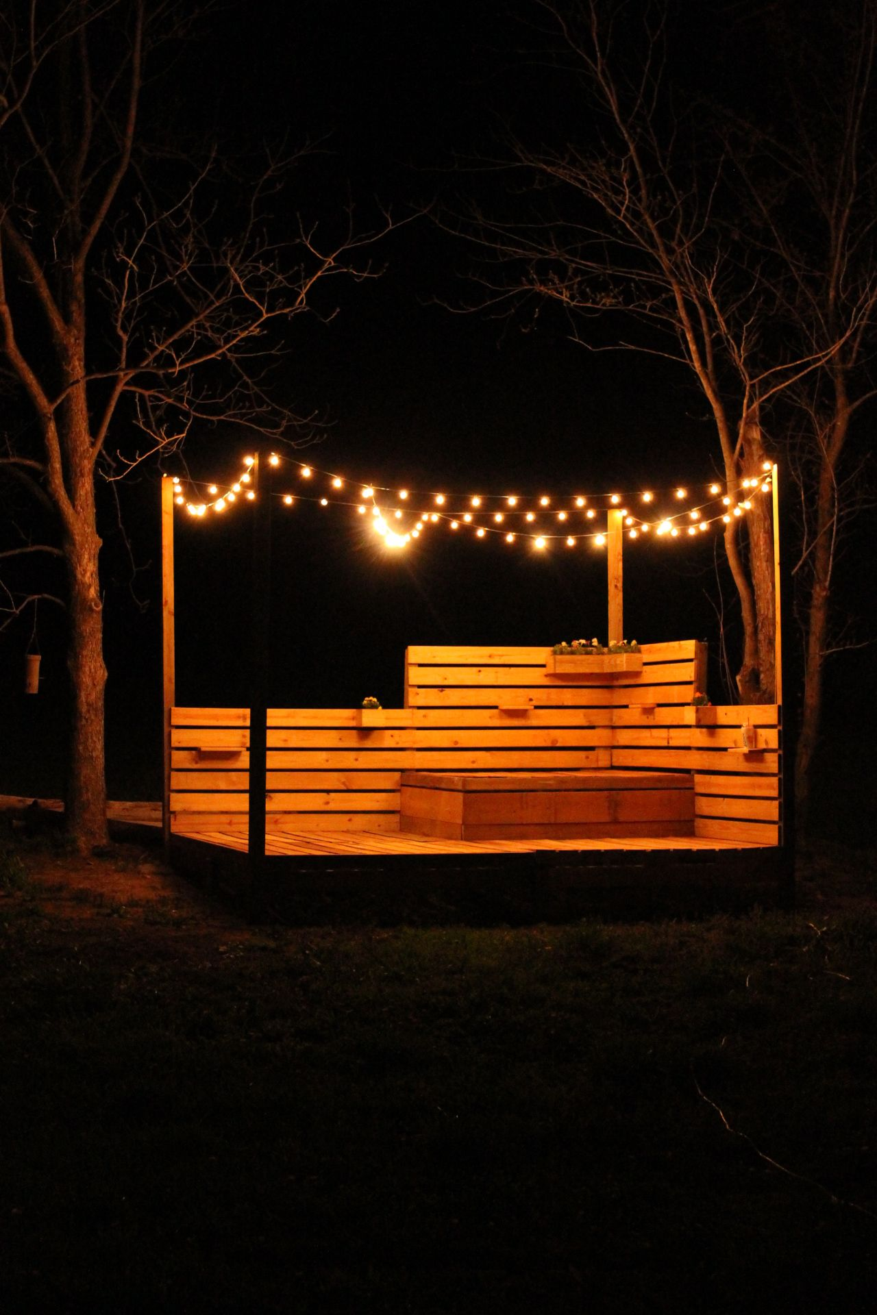 my husband made this amazing deck with an outdoor bed in Pallet Patio Deck Furniture Made From Wood Pallets