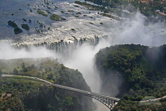 Delta Niagara Falls