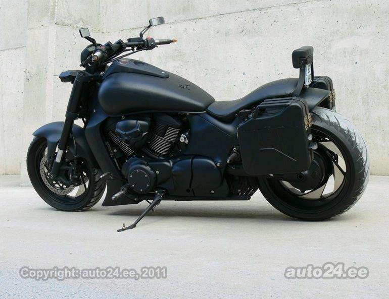 suzuki vzr 1800 intruder i love this friggin thing bikes. Black Bedroom Furniture Sets. Home Design Ideas